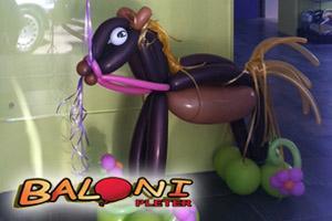 Idealan poklon? Životinjica od balona!