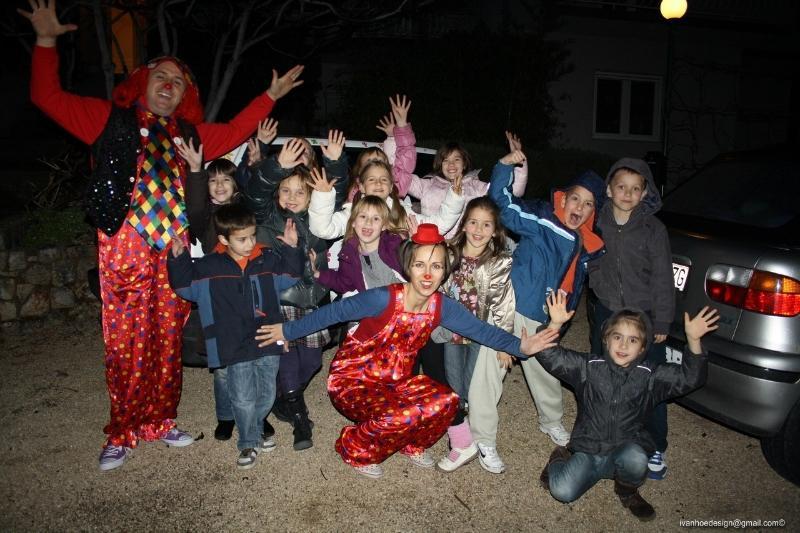Šareni svijet dječje zabave slika