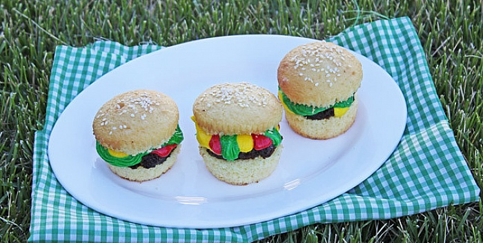 Hamburger cupcakesi