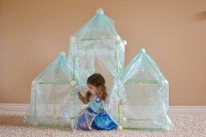 diy_disney_frozen_ice_palace_mommy_testers_blog_birthday_party_activities_decor