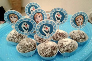 frozen-cupcake-toppers_by_helgrafx_birthday_party_decor