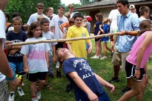 outdoor_party_games_limbo