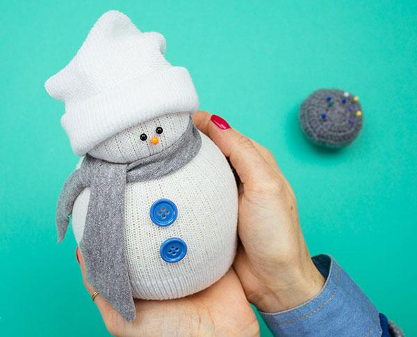Napravite snjegovića od čarapa