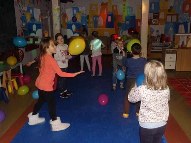 Glazbeni disco ili Violetta party u Educareni